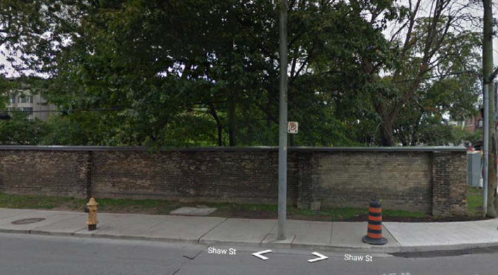 Parts of CAMH�s �Lunatic Asylum wall� to come down